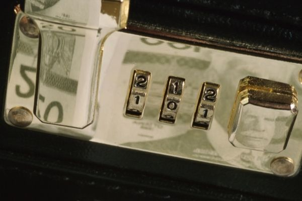 How To Open A Briefcase Lock Without The Combination